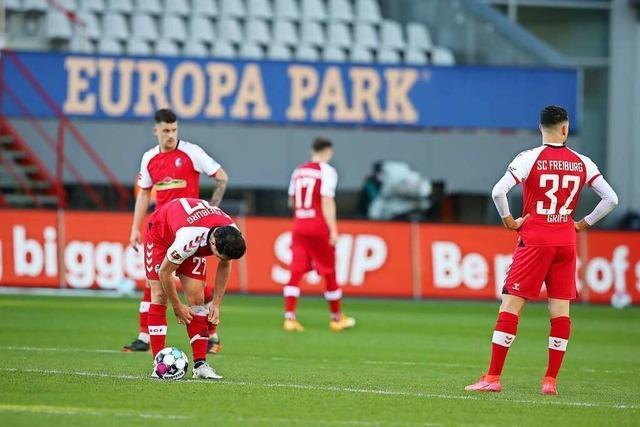 Gegen Leipzig leitet der SC Freiburg die 0:3-Niederlage mit zwei Fehlern selbst ein