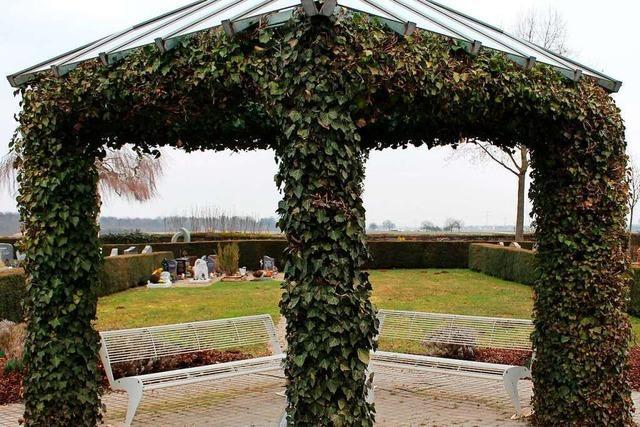 Rasen- und Urnengräber liegen in Schwanau-Allmannsweier im Trend