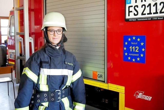 Für die Frauen gibt es keine Erleichterungen im Feuerwehrdienst