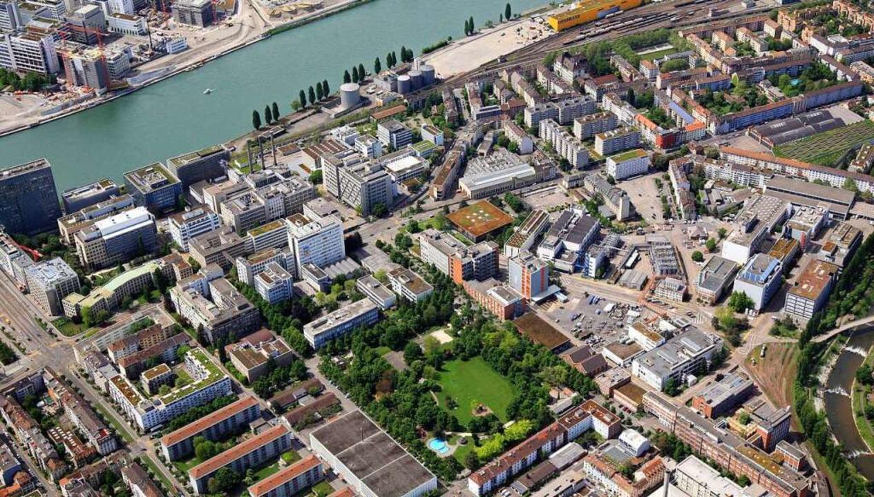Das Areal aus der Luft mit dem städtischen Horburg-Park (unten)  | Foto: Erich Meyer