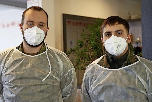 Freiwillige ersetzen Soldaten bei Covid-Tests in Heimen