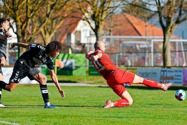 Mehr Kraft, mehr Biss, mehr Wille - Bahlinger SC gewinnt das Derby