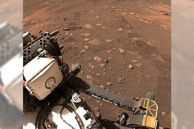 Mars-Rover fährt erfolgreich über den Planeten