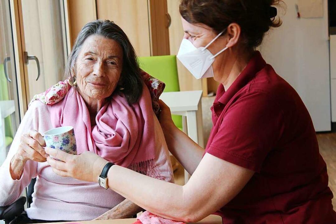 Pflege auf dem Ursulinenhof-Gelände wi...nd der Bürgergemeinschaft organisiert.    Foto: Erich Krieger