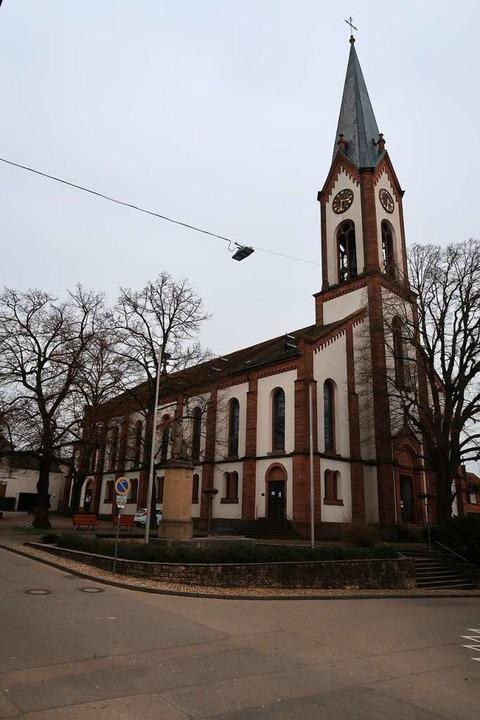 Die evangelische Kirche in Ihringen ha...en Vakanz wieder einen festen Pfarrer.  | Foto: Christine Weirich