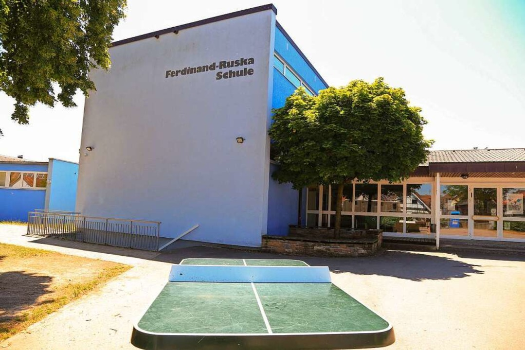 Die Ferdinand-Ruska-Schule in Grafenhausen  | Foto: Sandra Decoux-Kone