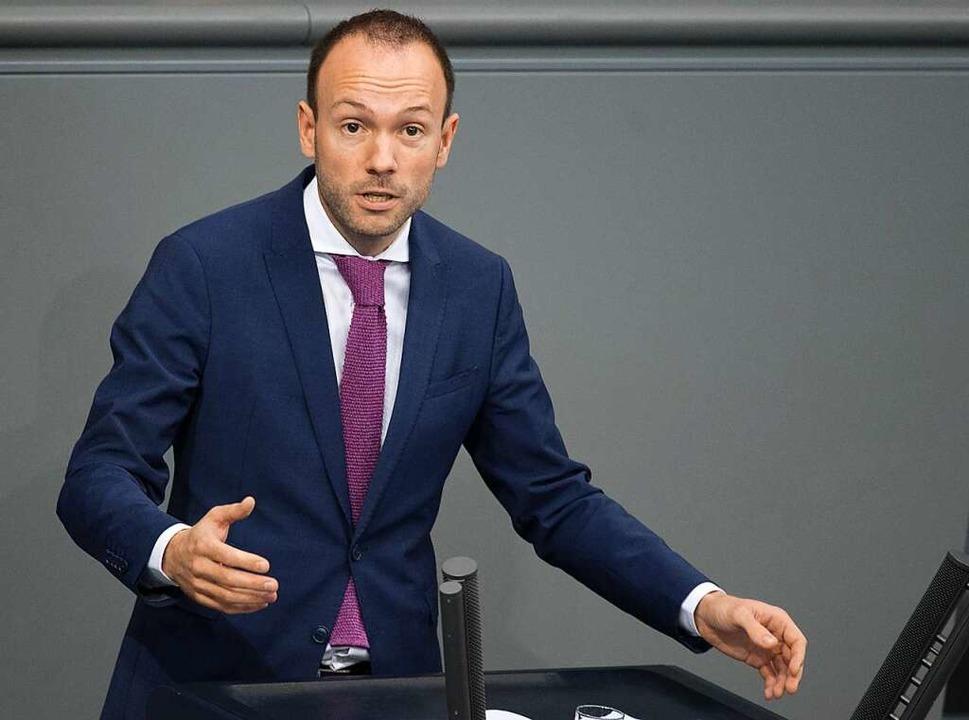 Löbel tritt wegen Maskenaffäre auch aus CDU aus.    Foto: Jörg Carstensen (dpa)