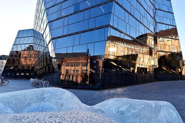 Die Freiburger UB hat seit diesem Mittwoch wieder geöffnet
