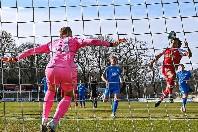 SC Freiburg II gewinnt mit einem Standard und zwei tollen Toren