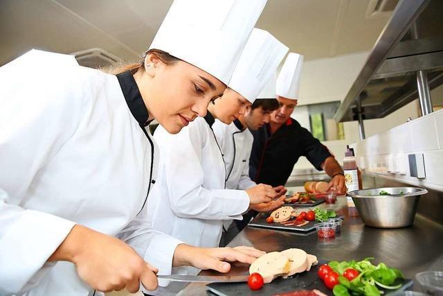 Corona-Pandemie wirbelt Lehre von Gastro-Azubis durcheinander