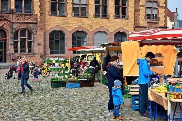 Der Wochenmarkt in Freiburg-Brühl startet am Donnerstag wieder