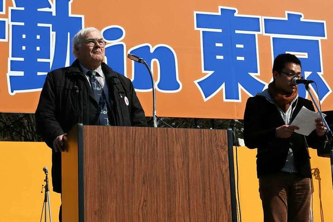 Erhard Schulz (links)  sprach am erste...ende und den Bau von Windkraftanlagen.  | Foto: Privat