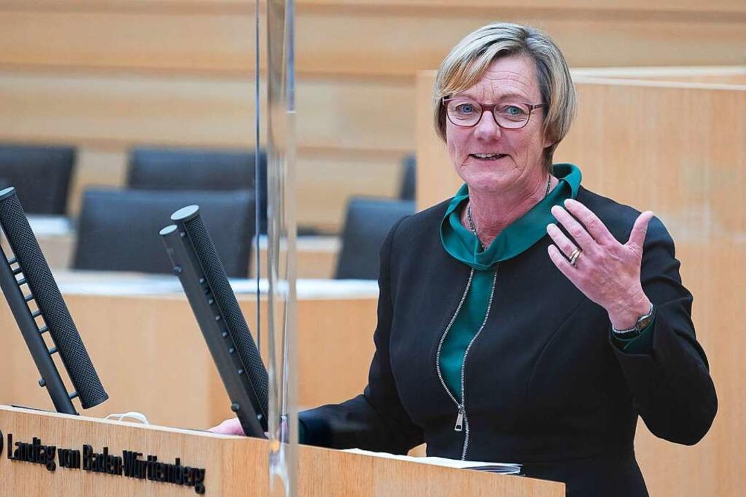 Edith Sitzmann im Landtag  | Foto: Sebastian Gollnow (dpa)