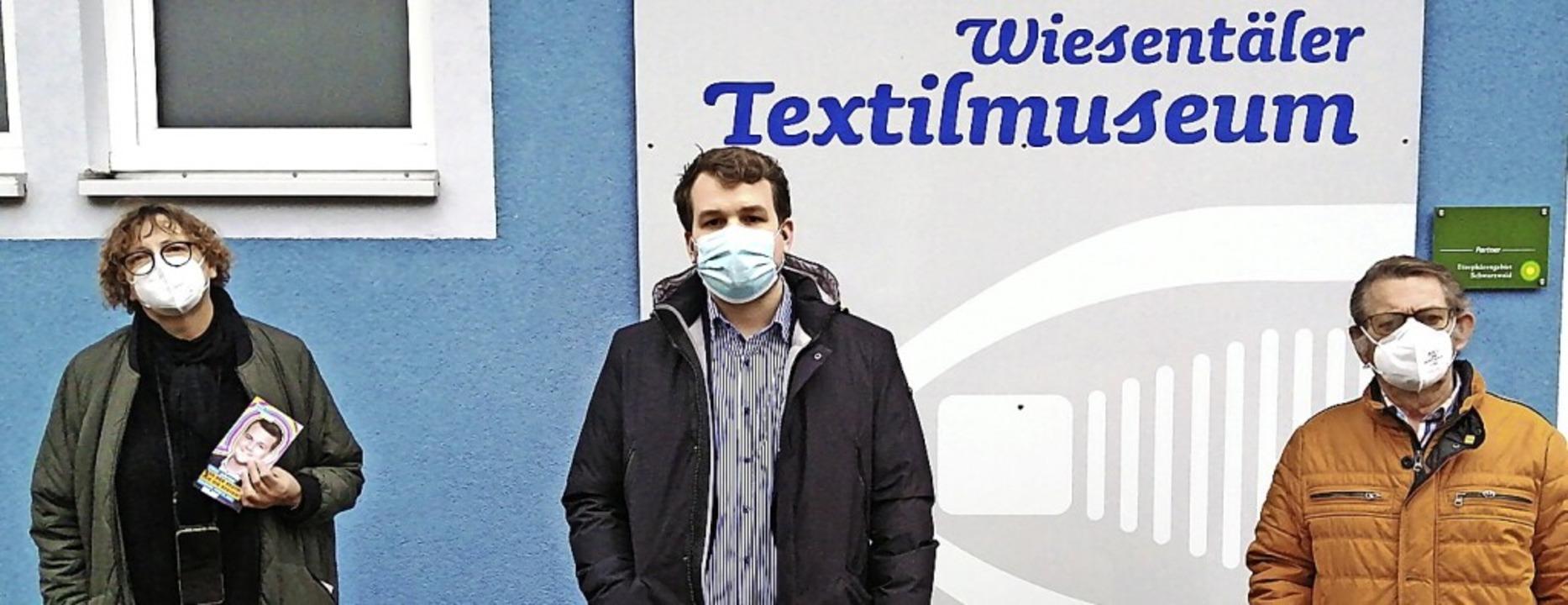 <BZ-FotoAnlauf>Landtagswahl: </BZ-Foto...  Felix Düster  vor dem  Textilmuseum.    Foto: Mitarbeiter Firma Zahoransky
