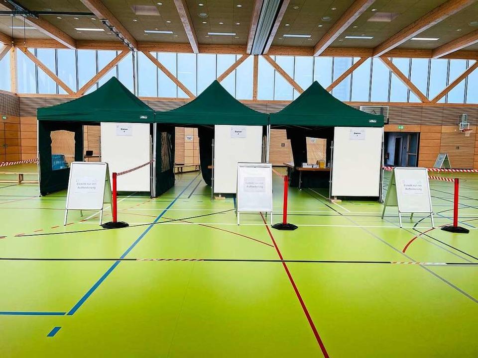 Das Testzentrum in der Ruster Rheingießenhalle  | Foto: Alexander Schindler
