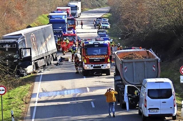 Nach Unfall Verkehrschaos in Wallbach
