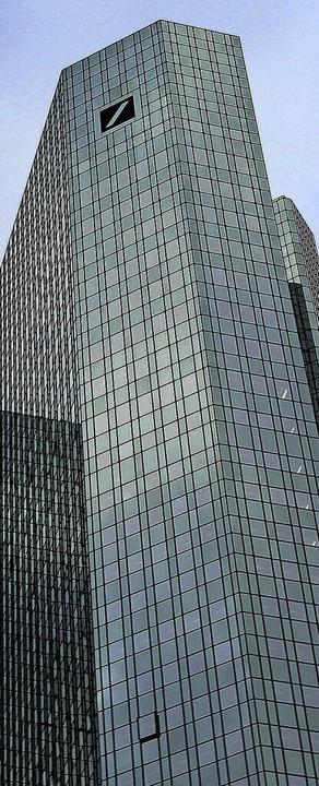 Die Zentrale der Deutschen Bank in Frankfurt    Foto: DANIEL ROLAND (AFP)