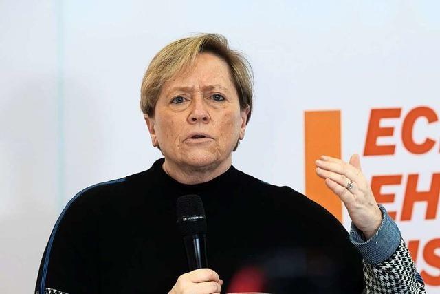 Eisenmann wehrt sich gegen Vorwürfe des Elternbeirats