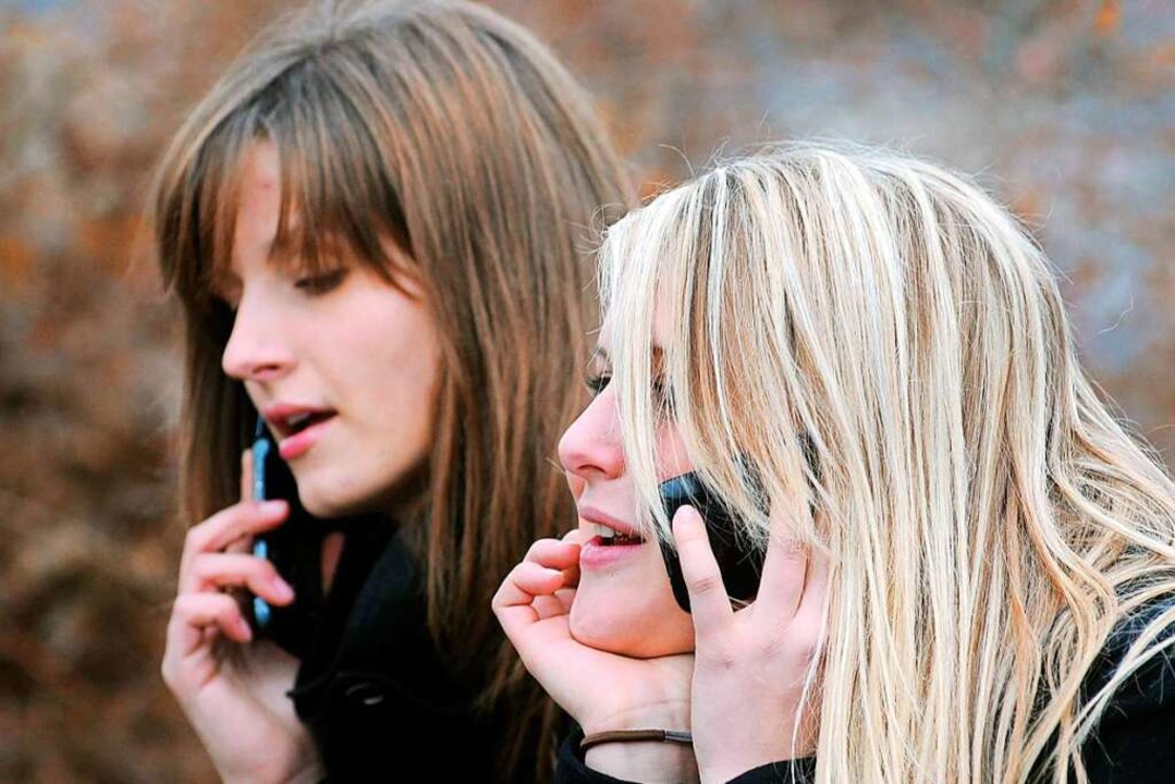 Telefonisch bei Betrieben nach Ausbild...tun sich  junge Leute offenbar schwer.    Foto: Armin Weigel