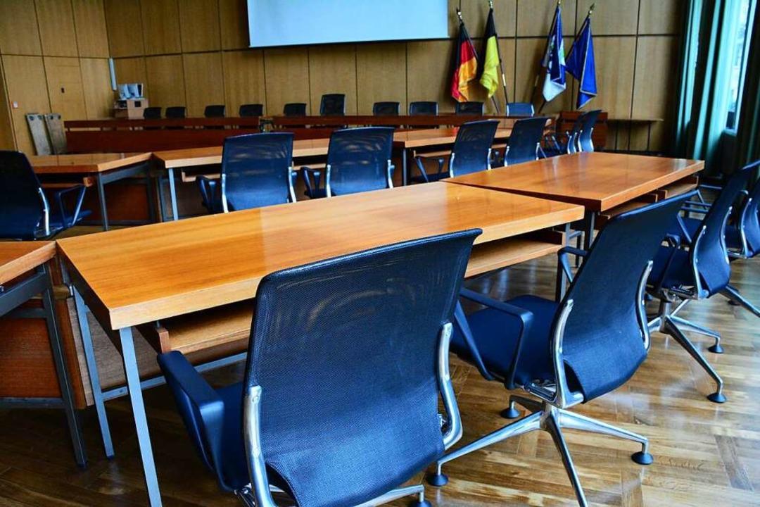Im Weiler Sitzungssaal des Rathauses w... März ein neuer Beigeordneter gewählt.  | Foto: Hannes Lauber