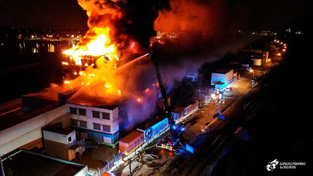 Großbrand beim Straßburger Hostinganbieter OVH.  | Foto: - (AFP)