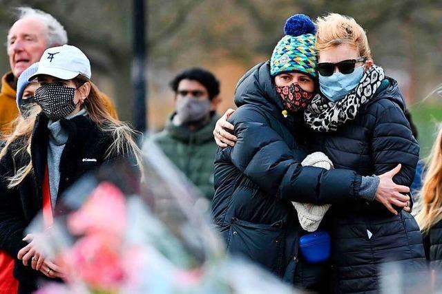 Fall Sarah Everard: Der Zorn auf Londons Polizisten wächst