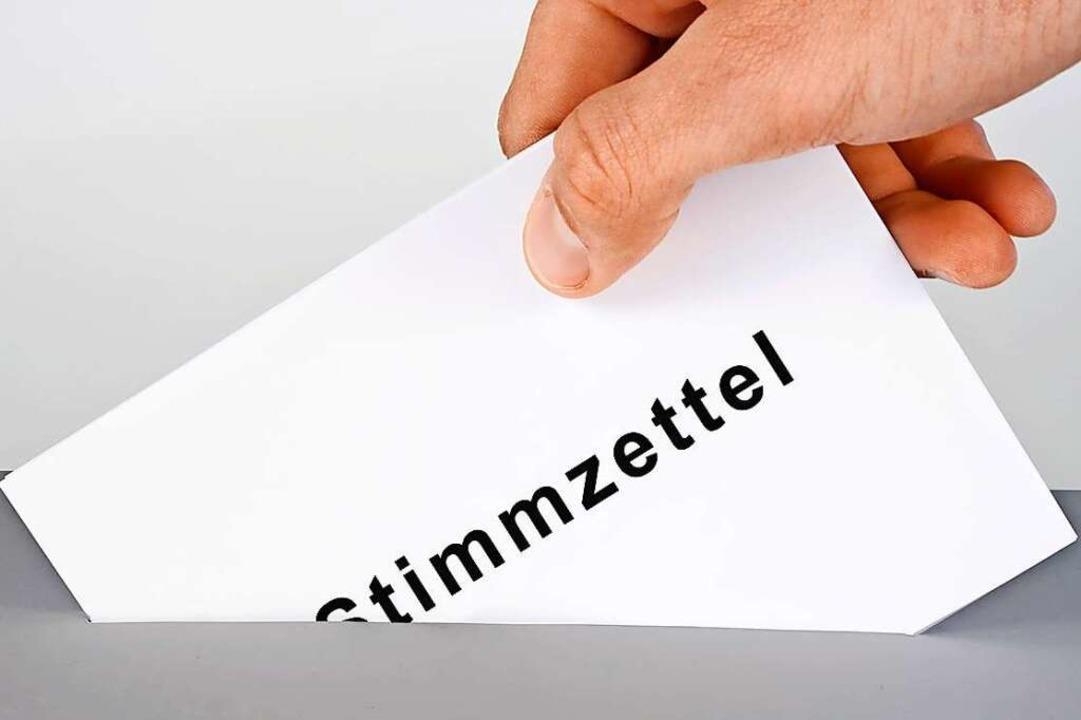 Ein Stimmzettel verzögerte die Auszählung der Wahlergebnisse.    Foto: fotolia.com/momanuma