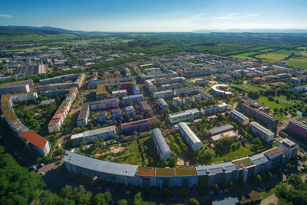 Ein aufstrebender Stadtteil – so...nvestor sein Engagement in Rieselfeld.    Foto: Nils Theurer