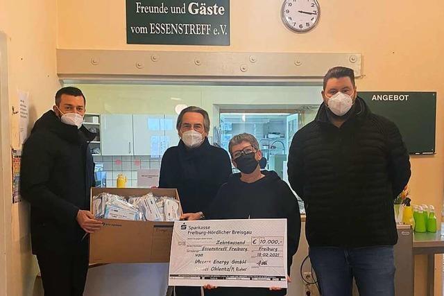 Freiburger Essenstreff erhält 10.000 Euro und Masken