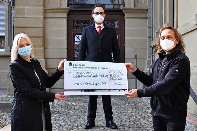 Sparkasse unterstützt den ABC mit 3000 Euro