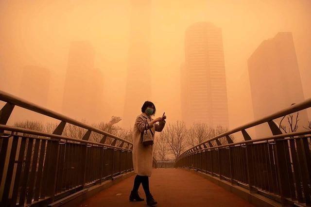 Peking: Wo Smog und Sandsturm aufeinandertreffen