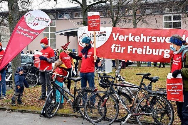 Freiburgerinnen fordern eine