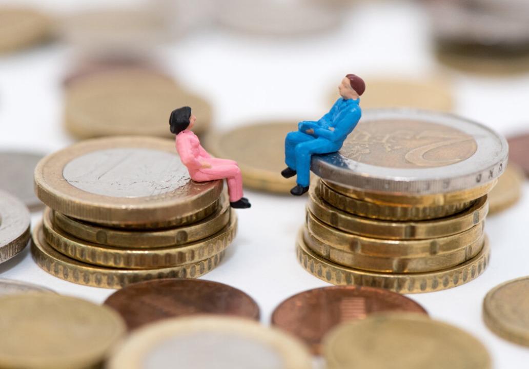 Gibt es auch im stark regulierten öffe...Bezahlung zwischen Frauen und Männern?  | Foto: Andrea Warnecke