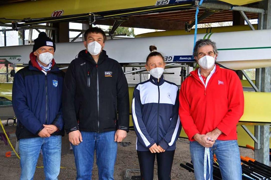 Ruder-Landestrainer Ralf Kockel, Bunde...n Bedingungen in Breisach (von links).  | Foto: Hans-Jochen Voigt