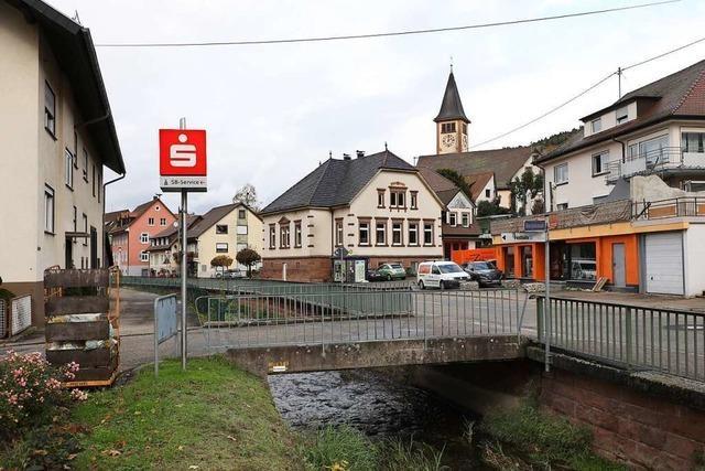 Die Brücke zur Halle in Dörlinbach wird saniert