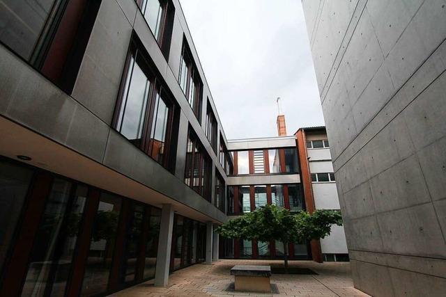 Kenzinger Gymnasium hat jetzt Digitalausstattung im Wert von einer halben Million Euro