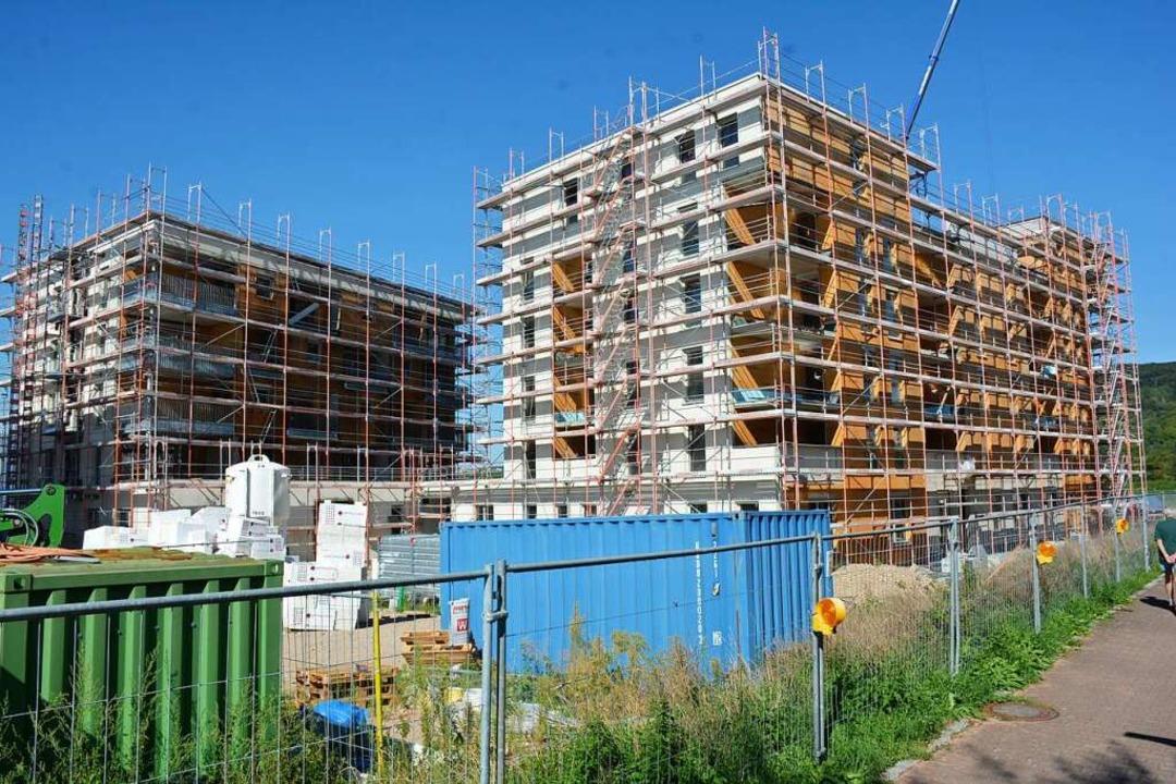 Auch die  städtische Wohnbaugesellscha...die Schaffung von neuem Wohnraum fort.  | Foto: Hannes Lauber