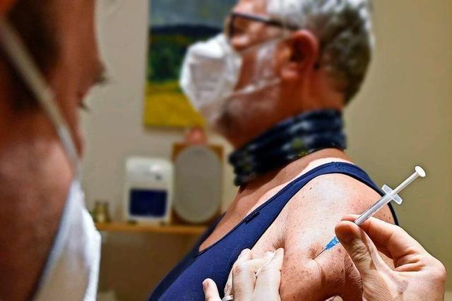 Hausärzte sollen nach Ostern mit Corona-Impfungen beginnen