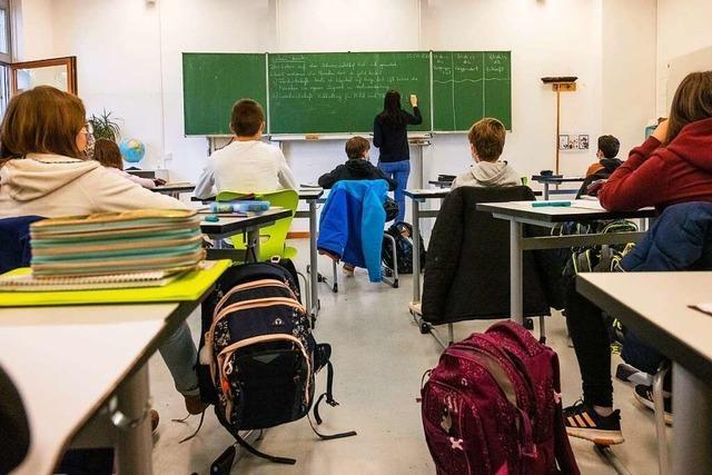 Land verschärft erneut Corona-Regeln für Schulen
