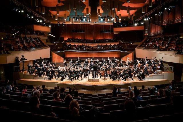 Erst zum Corona-Abstrich: Berliner Philharmoniker spielen Testkonzert