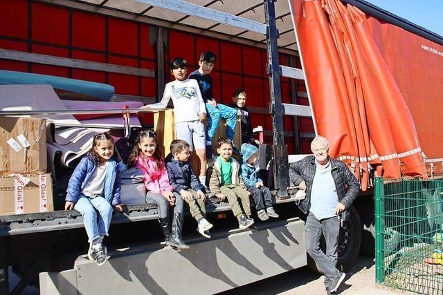 Gratis-Hilfe beim Umzug einer Flüchtlingsfamilie in Schopfheim