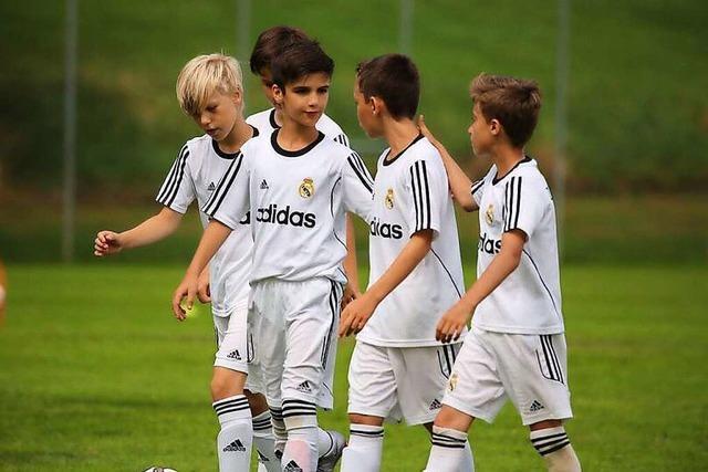 Das große Real Madrid adelt den SC Haagen mit einem Jugendcamp