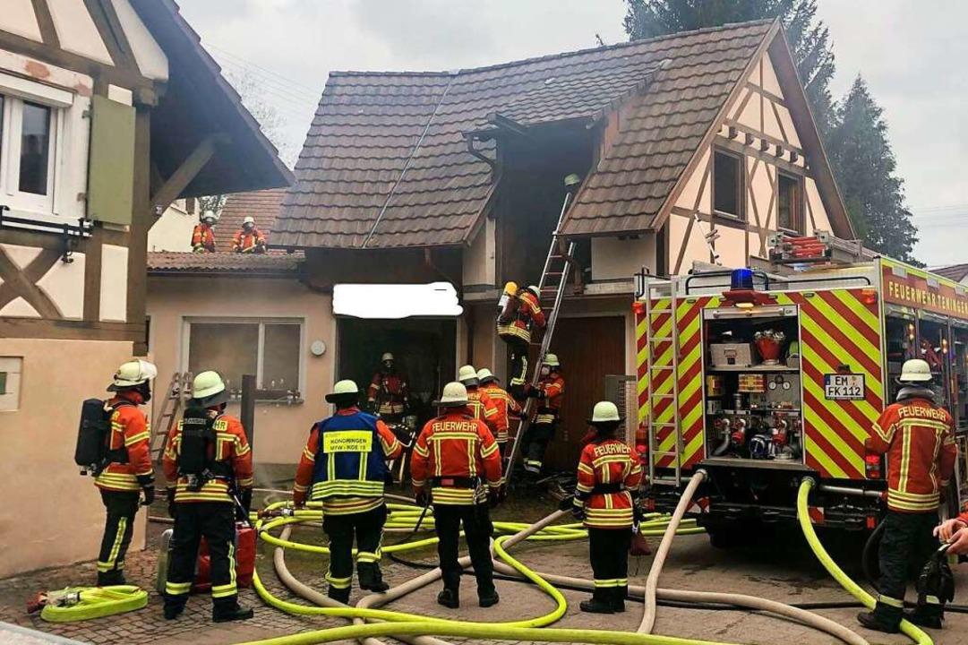 Einsatz für die Feuerwehr Teningen bei einem Werkstattbrand  | Foto: FW Teningen