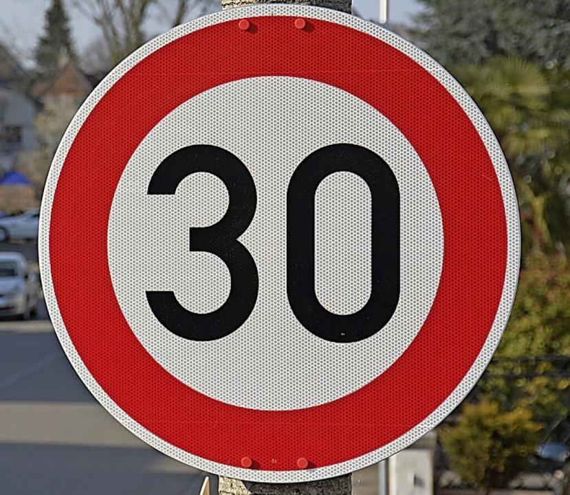 Bald gilt Tempo 30 (fast) in ganz Binzen.     Foto: Hannes Lauber