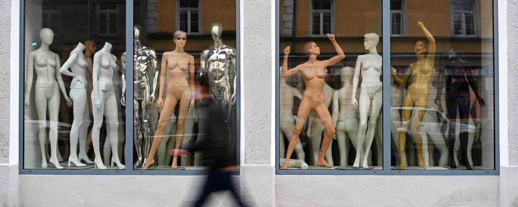 Die Corona-Zahlen steigen – die ...gänzt werden (Symbolbild aus München).  | Foto: CHRISTOF STACHE (AFP)