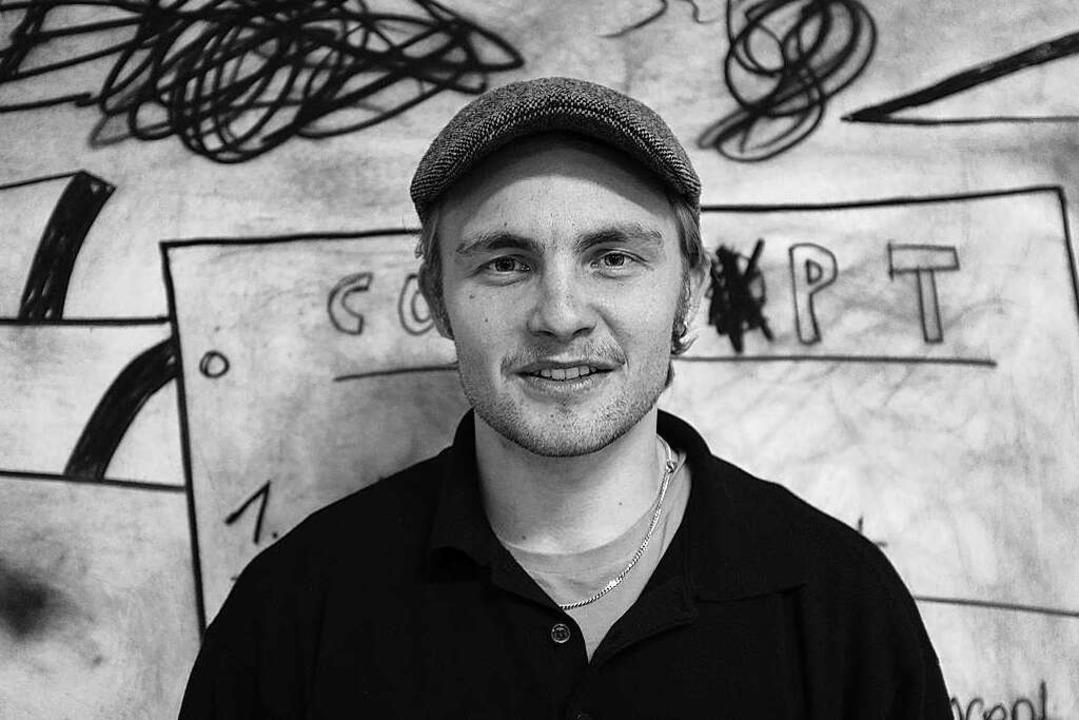 Der junge Buchautor Nicolas Knipping     Foto: privat