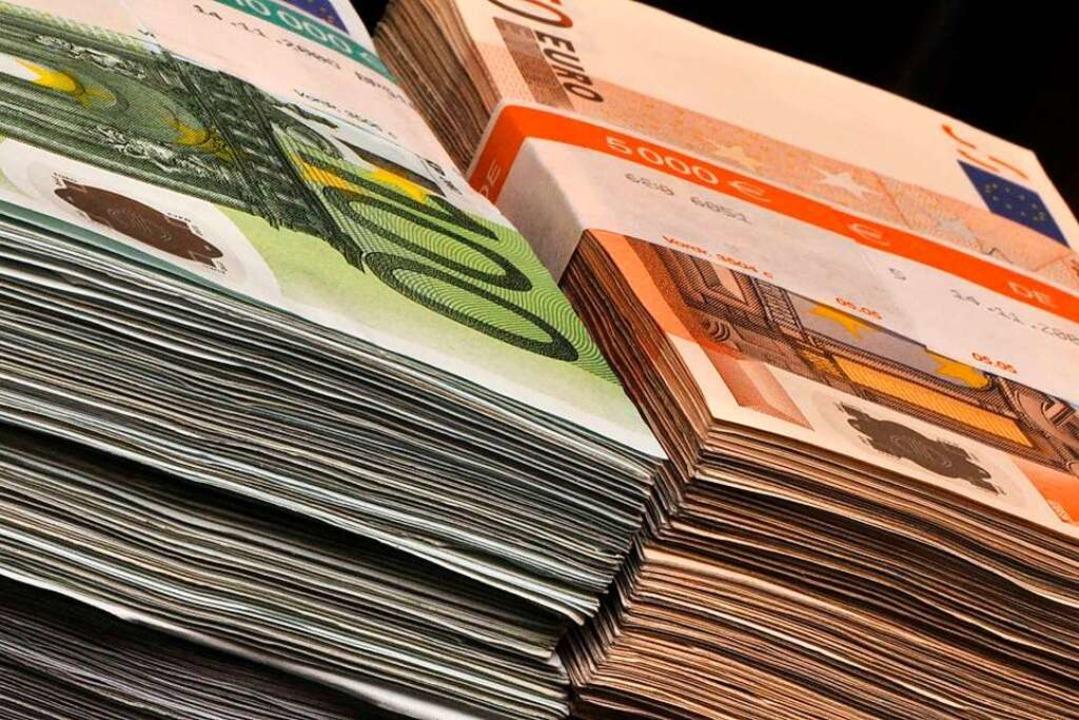 Laut Prognose wird die Stadt Freiburg ...rat, waren es noch 167 Millionen Euro.  | Foto: Ingo Schneider