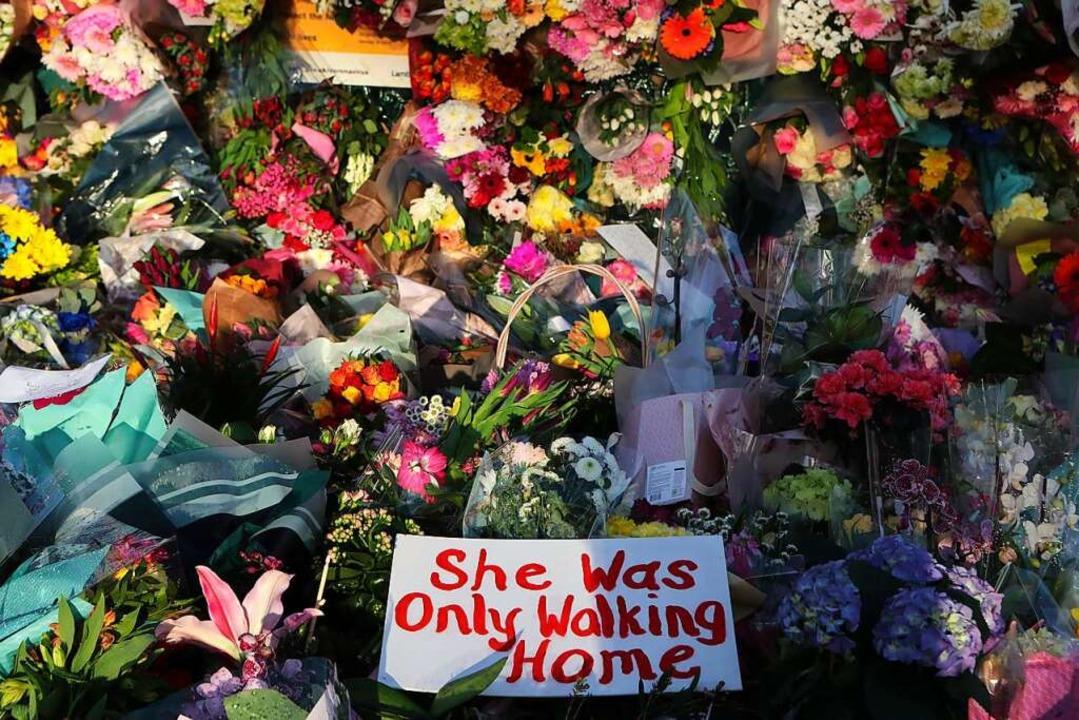 """She was only walking home&#8220...schrei gegen Gewalt an Frauen geführt.    Foto: Tony Hicks (dpa)"