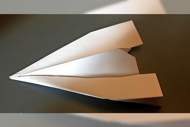 Papierflieger selbst gemacht