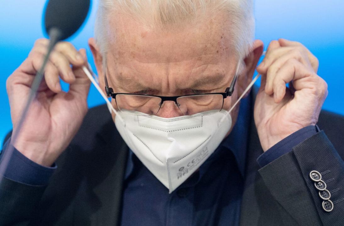 """Winfried Kretschmann: """"Ich bin k...rzählt. Ich lasse mich beraten.""""    Foto: Marijan Murat (dpa)"""